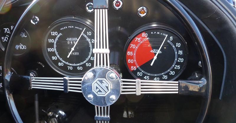 MG compresseur  16295516155_f1a720de97_c