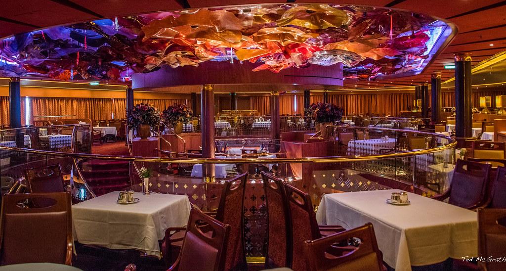 2016 Ms Noordam Vista Dining Room The Vista Dining