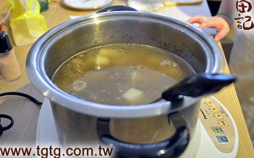 田記鮮雞精-山藥鱸魚雞湯-完成