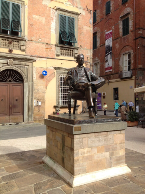 Statue of Puccini in Lucca square
