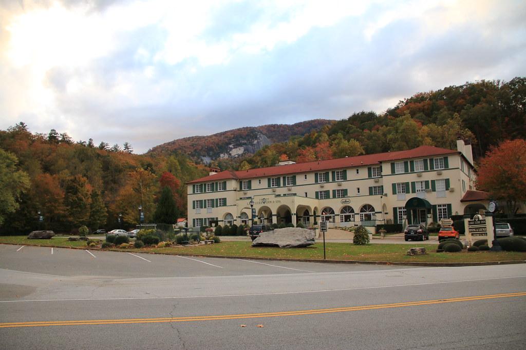 The 1927 Lake Lure Inn And Spa Lake Lure North Carolina