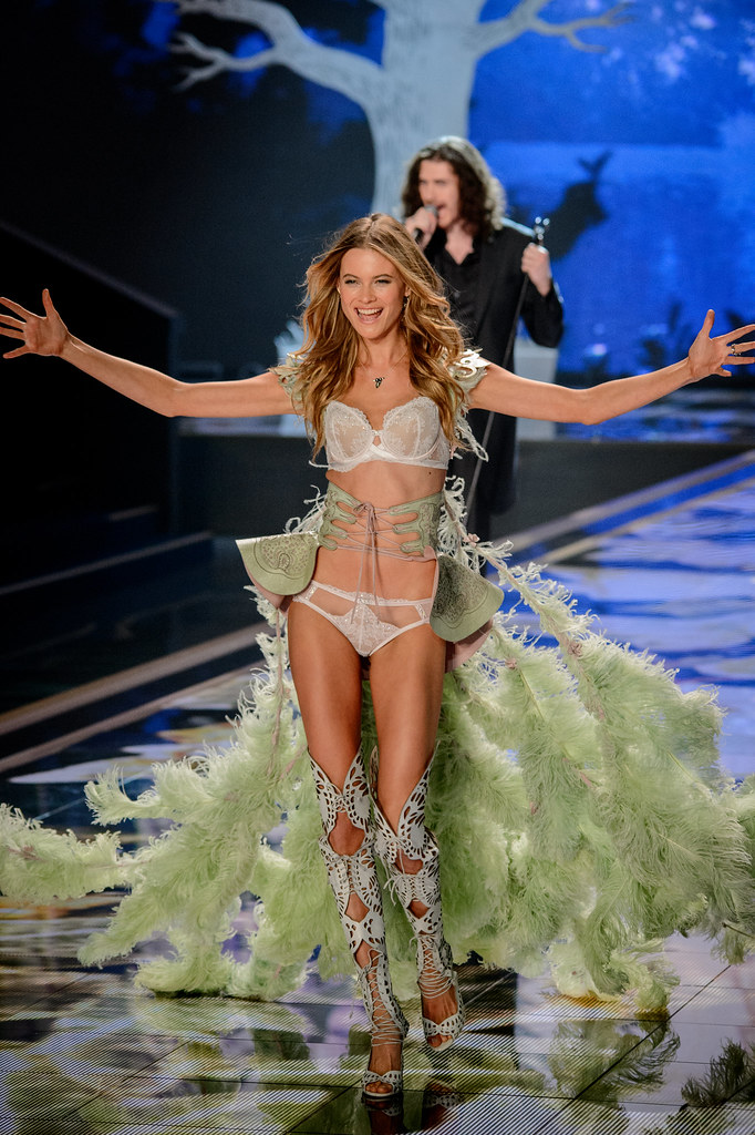 Hozier Victoria S Secret Fashion Show