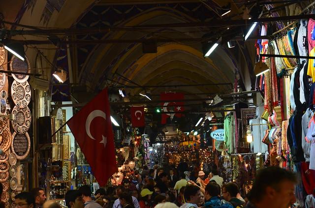 Überblick über die wuseligen Bazaarbesucher