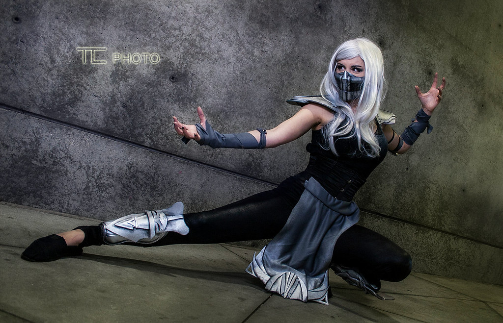 les plus beaux cosplays de mortal kombat smoke par - Mortal Kombat Smoke Halloween Costume