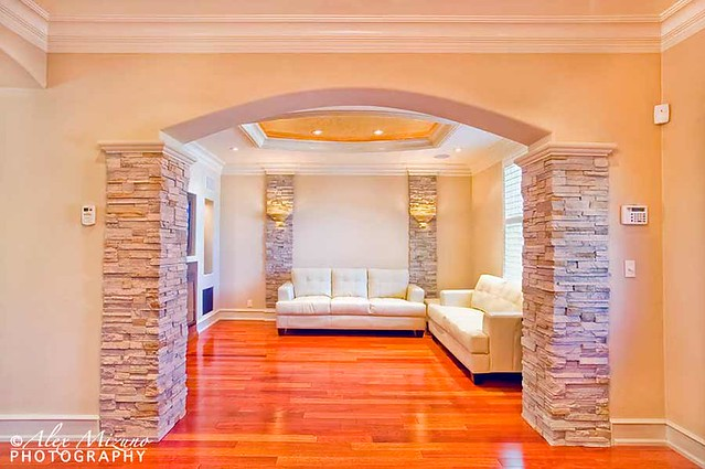 Living Room Arch This Shows The Arch Entrance To The