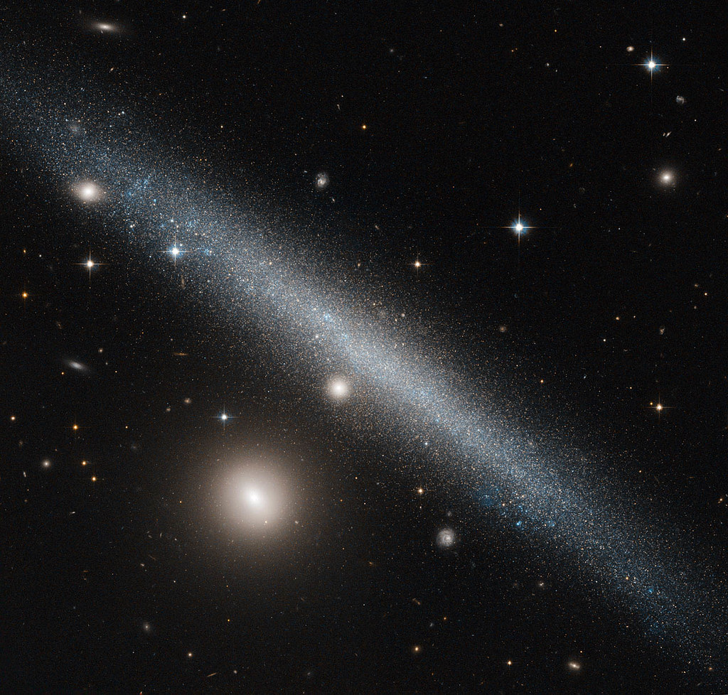Hubble Sees a Slashing Smudge Across the Sky | The galaxy ...