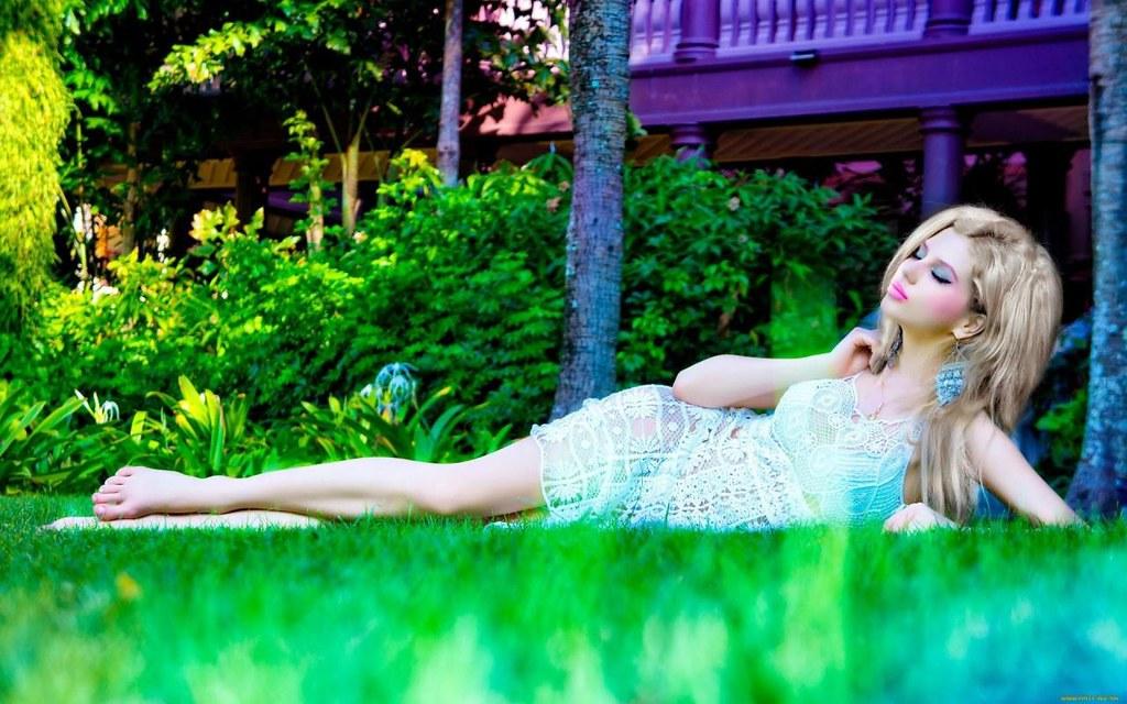 Pretty barbie girl beauty hd wallpaper stylish hd wallpa - Barbie doll wallpaper free download ...