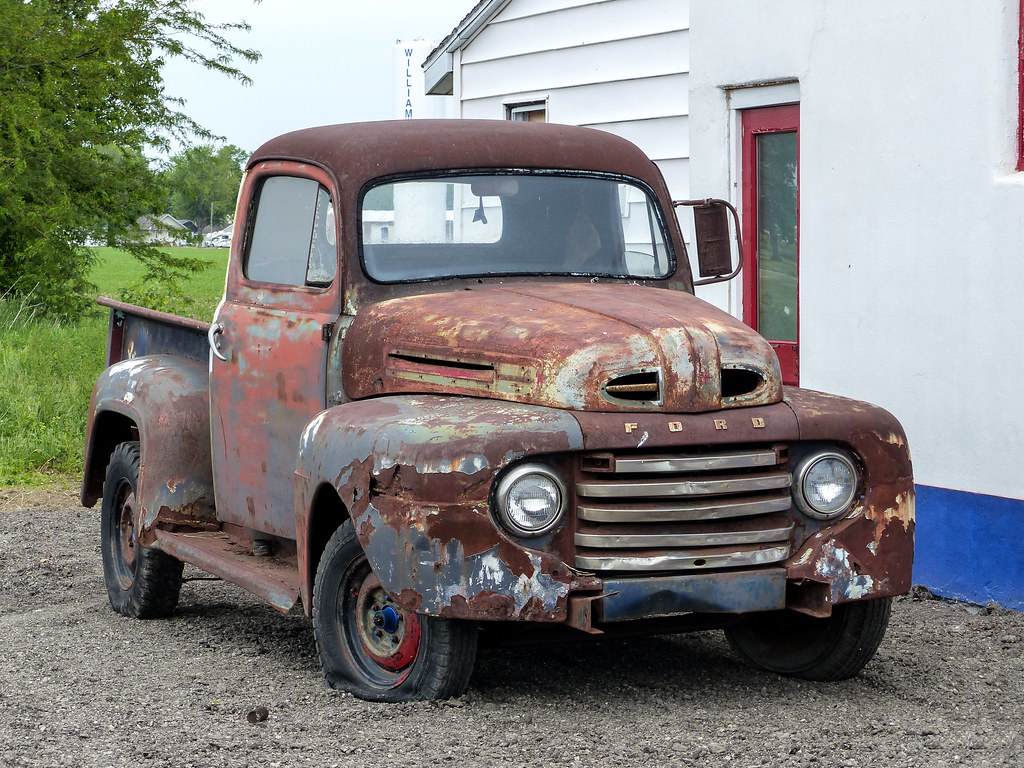 Rusty Old 1948? Ford Pickup Truck | Route 66 in ...