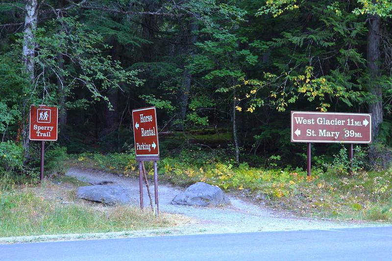 IMG_4728 Trailhead of Sperry Trail