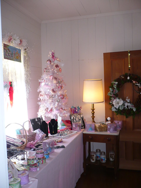 Holiday boutique every year they hold a fundraiser for for Holiday boutique