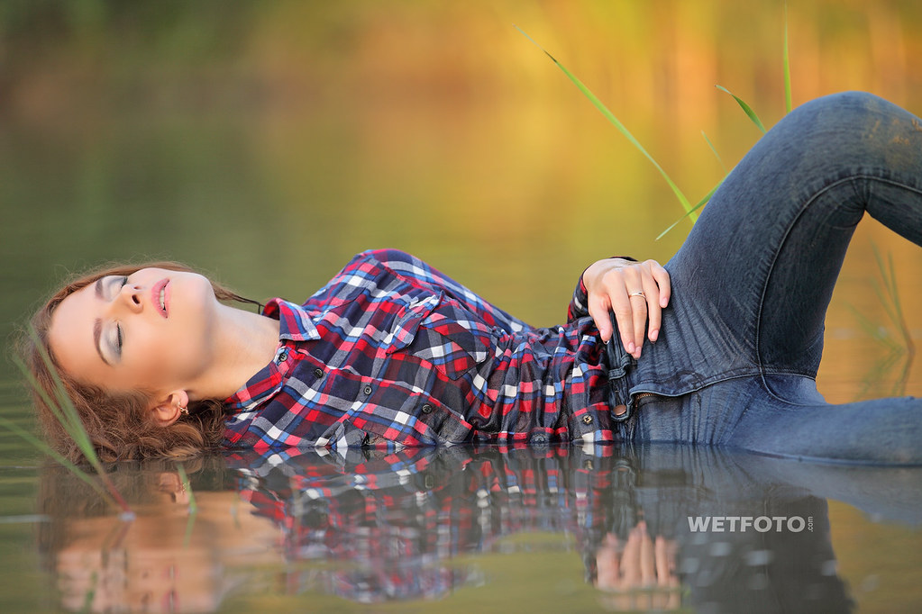 Girl Get Wet In Super Skinny Jeans And Shirt  Tags -6919
