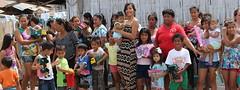 Reina de Manta Yulissa Panchana inicia entrega de juguetes