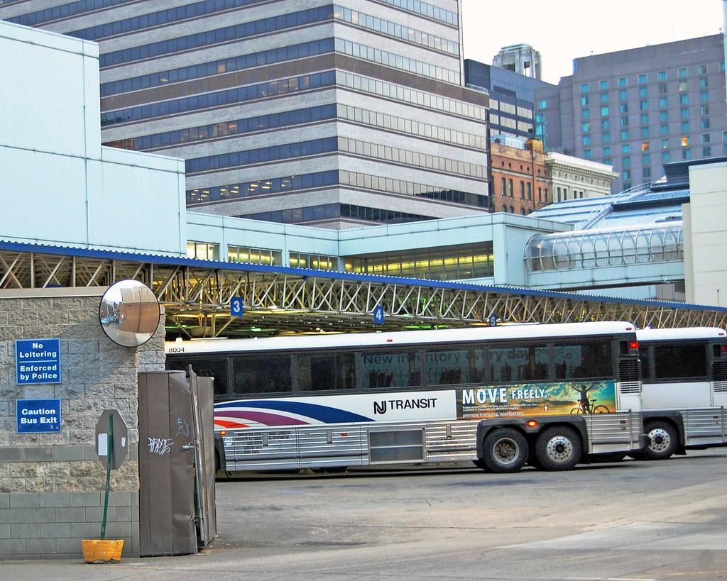 nj transit bus in philadelphia bus station fotophotow flickr. Black Bedroom Furniture Sets. Home Design Ideas
