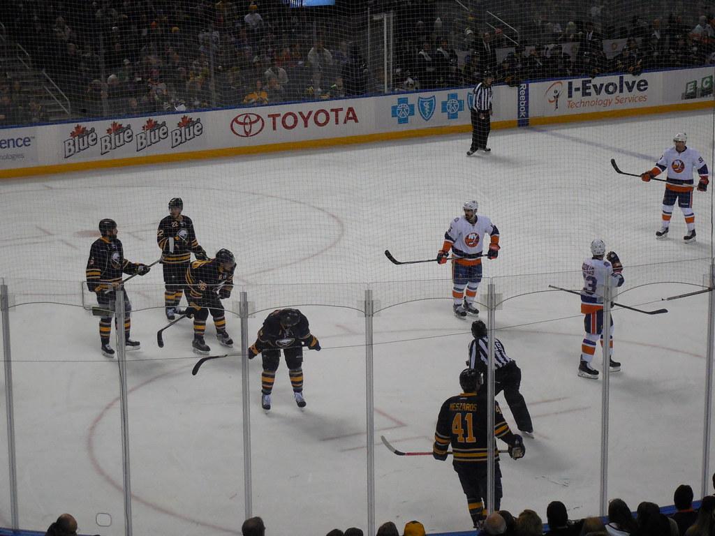New York Islanders V Nashville Predators  De Marzo