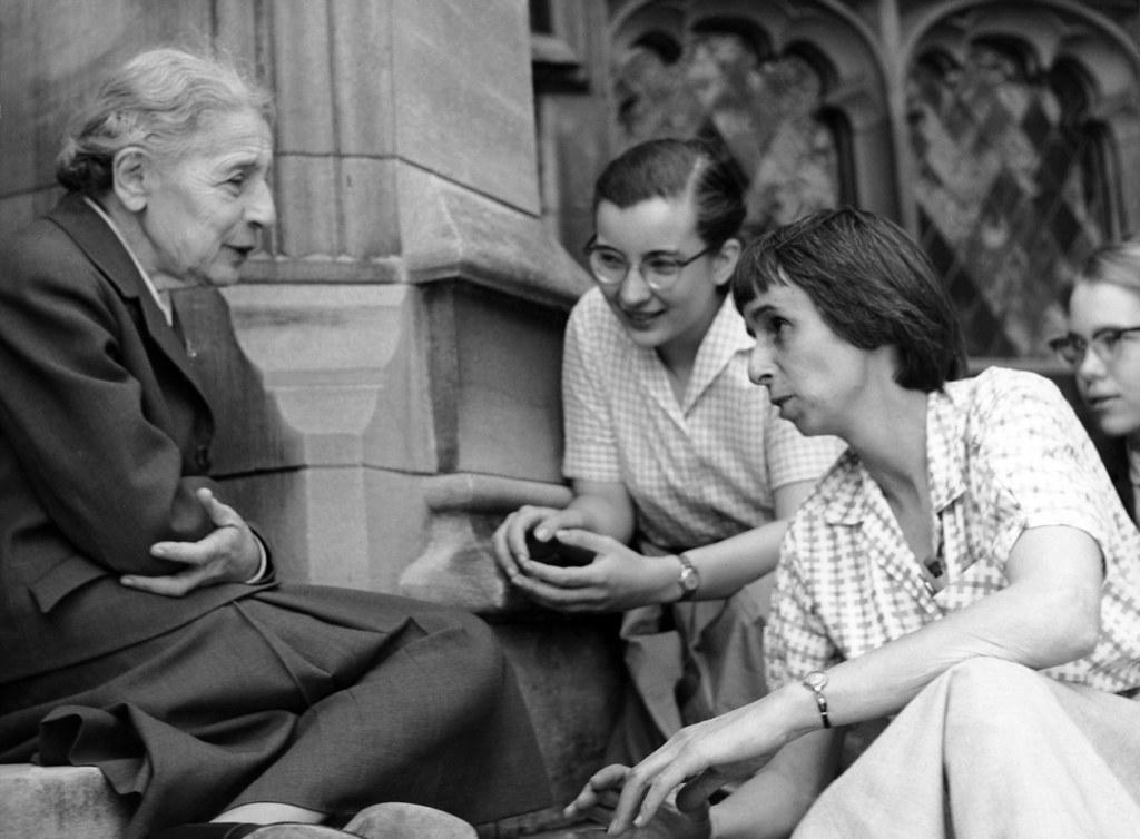 Chemist Lise Meitner with students | Chemist Lise Meitner ... | 1024 x 754 jpeg 126kB