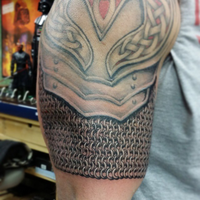 Added some #chainmail to this #armor #tattoo #TheMightyHor