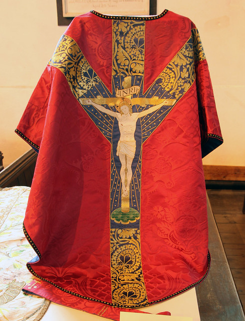 Comper Walsingham low mass set