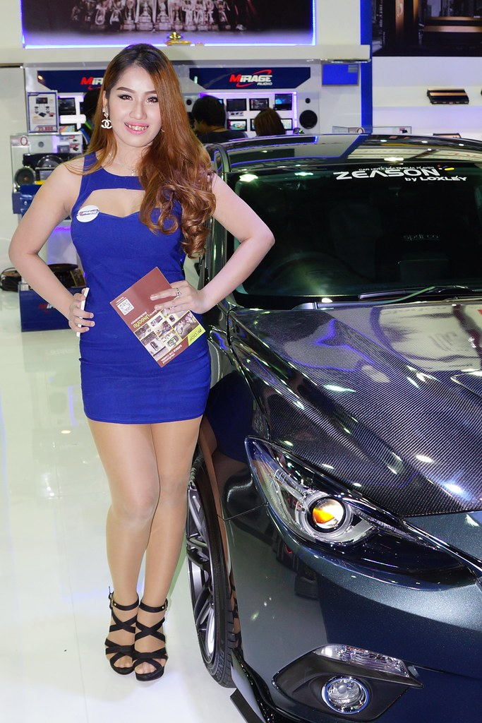 Sexy Model Selling Sound Systems For Cars At The 31St Thai -9926
