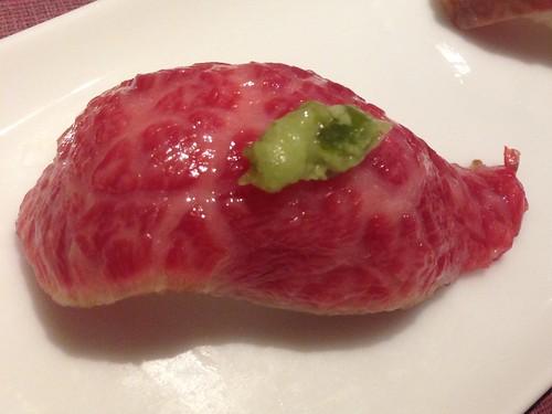 hyogo-kobe-tanryu-kobe-beef-nigiri-fatty-beef