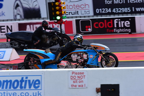 Ian King, Puma Nitro EVO - Glenn Borg, Suzuki Funny Bike, FIM Europe Top Fuel Bike, Santa Pod 2016