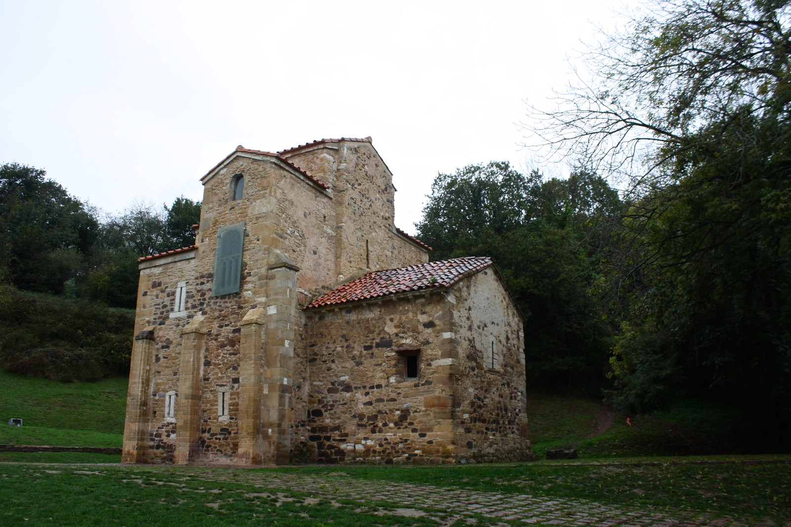 Church of San Miguel de Lillo, Oviedo