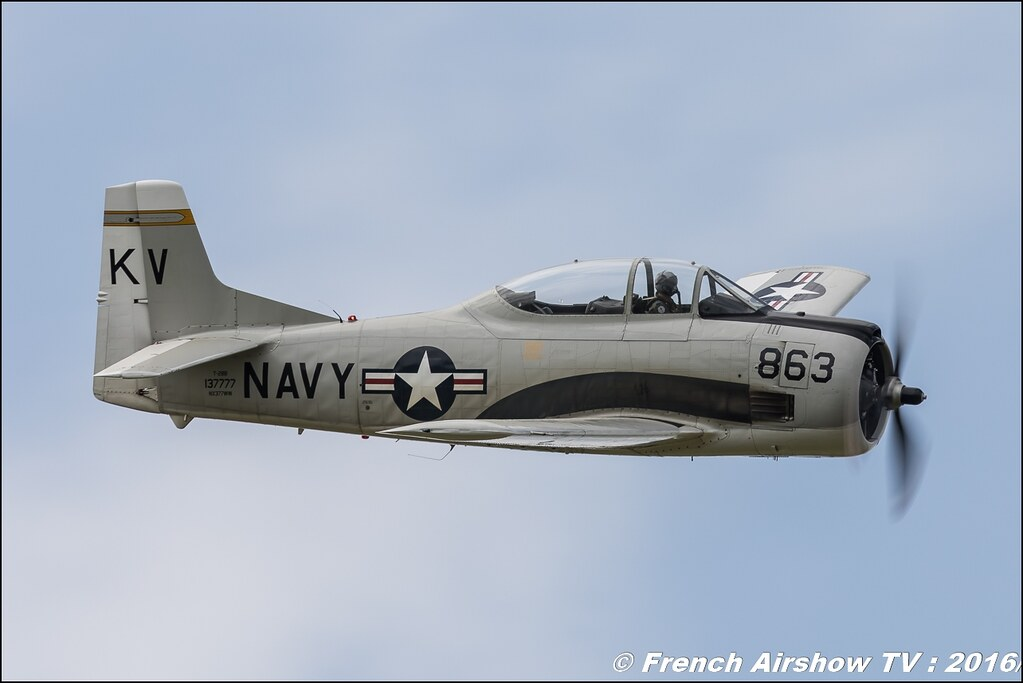 North American T-28 Trojan , NX377WW , Belgian Air Force Days 2016 , BAF DAYS 2016 , Belgian Defence , Florennes Air Base , Canon lens , airshow 2016