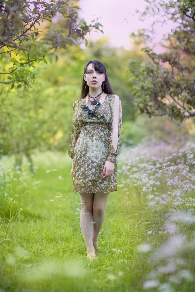 Gestalta photographed by Rob Ellis. Portrait of a girl in the English countryside in Summer