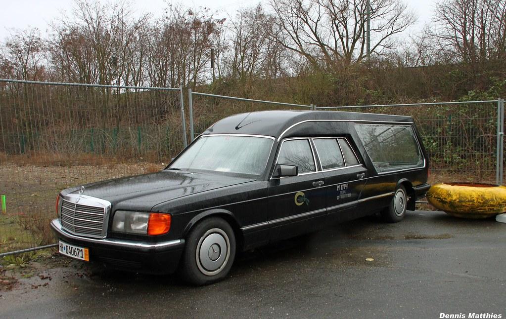 Big mercedes hearse a mercedes benz s class w126 for Mercedes benz hearse