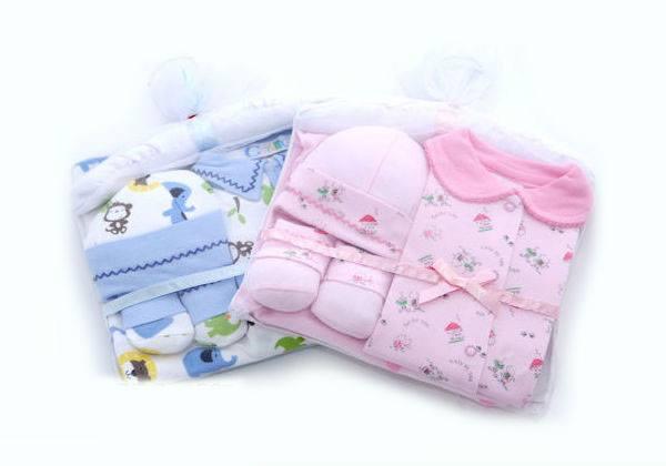 15830689035 cbdcf8f620 o M115 Set quà tặng 5 món cao cấp từ Thailand   đầy tháng cho bé sơ sinh
