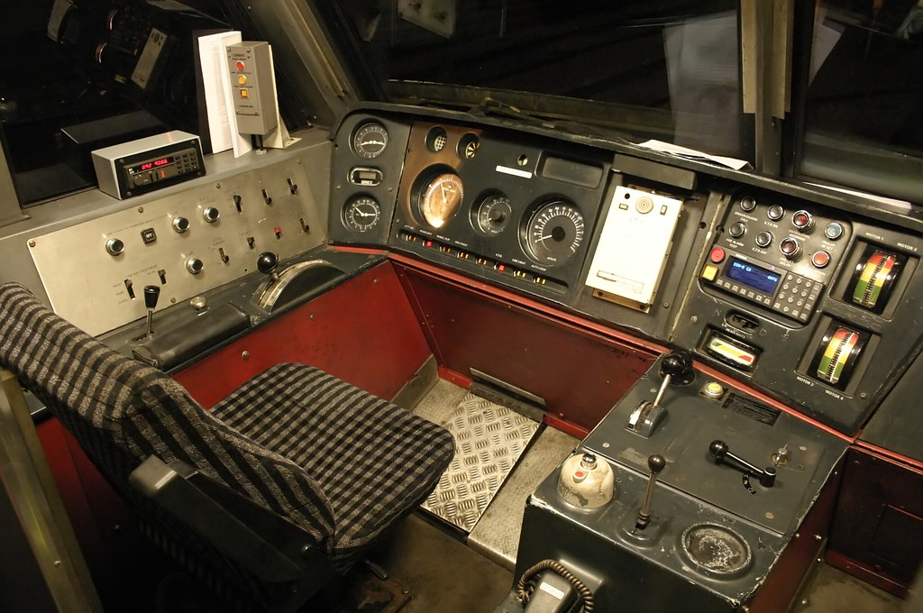 Class 90 Cab Driving Desk 90 028 With Db Schenker