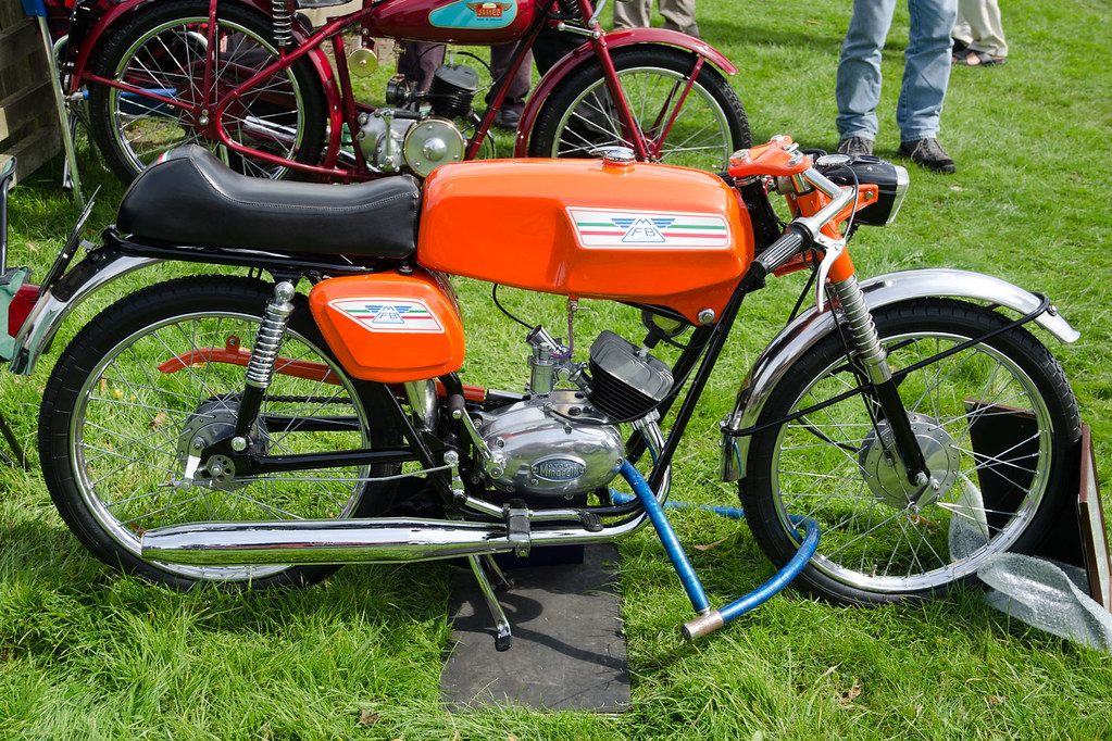 moto minarelli 50cc super sport 1969 capesthorne hall. Black Bedroom Furniture Sets. Home Design Ideas
