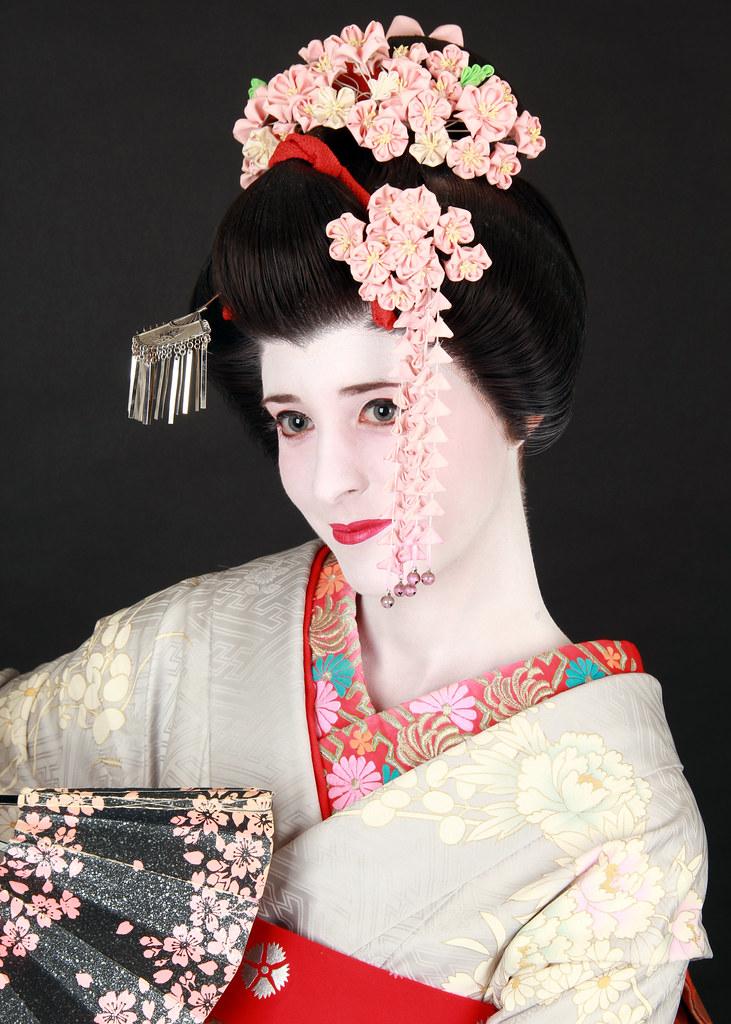 Fotografía de una Mayko en Kyoto (Japón)