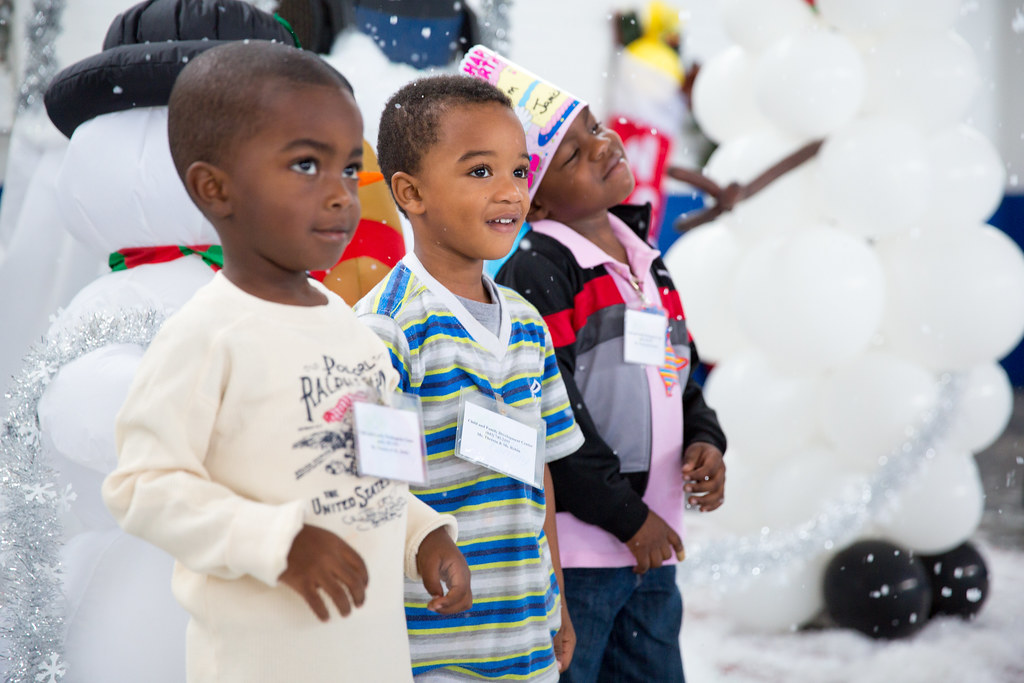 Winter Holiday Crafts For Toddlers