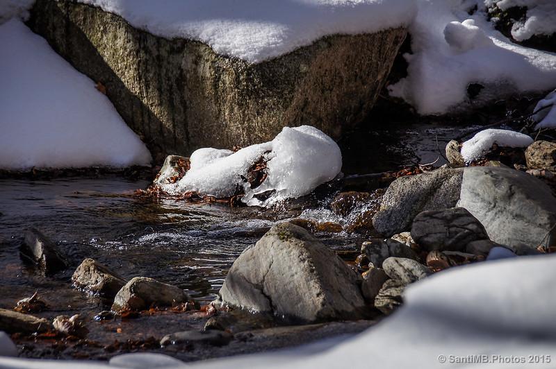 Deshielo de la nieve en la riera de Santa Fe