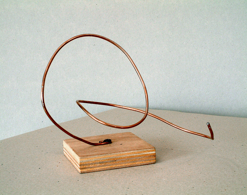 how to use wire for sculpture