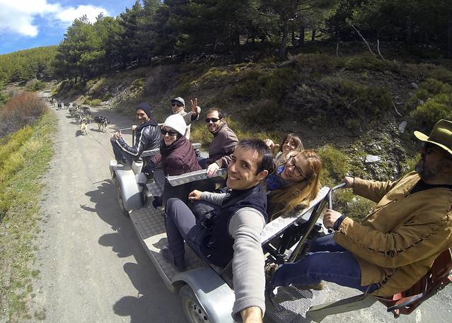 Con Aventura Polar en el Sur haciendo una ruta de trineos de perros en Sierra Nevada