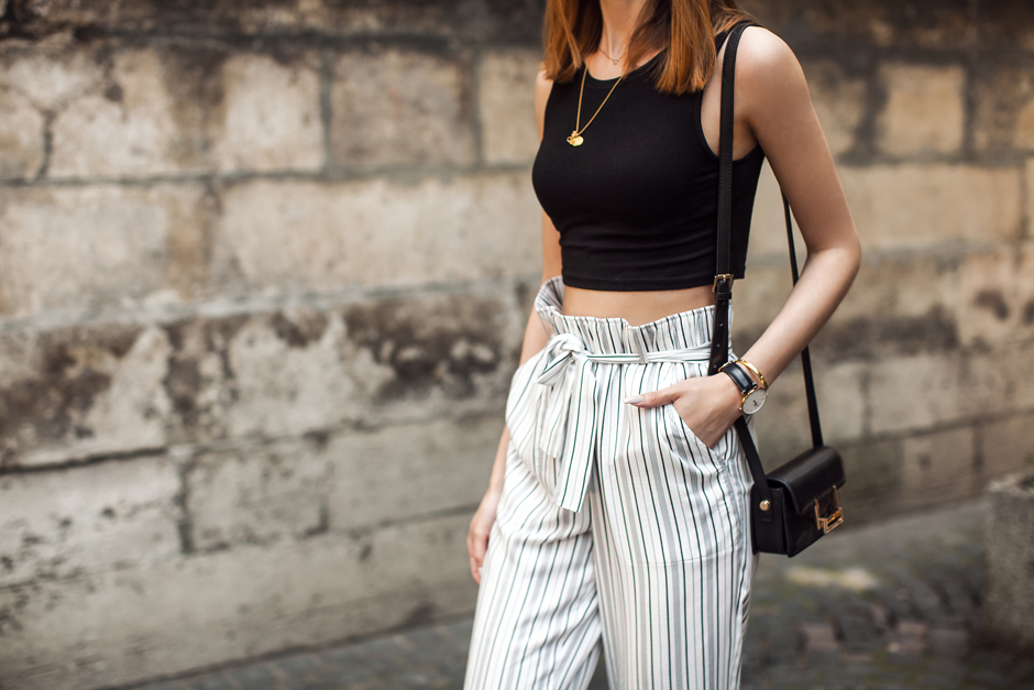 paperbag-waist-stripes-pants