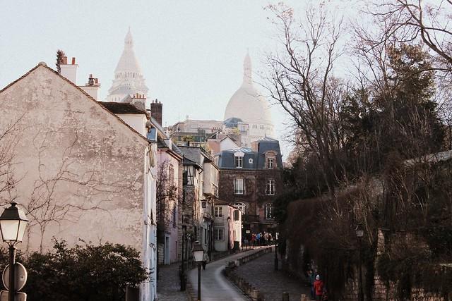 paris sacre coeur street