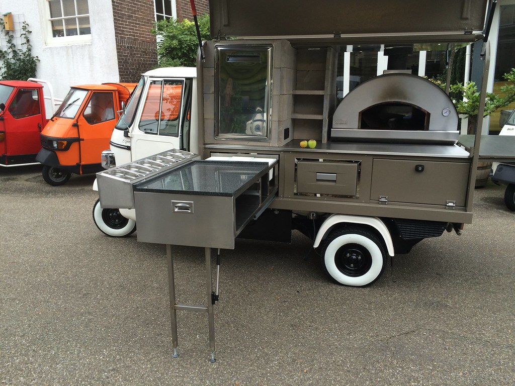 piaggio ape classic fly pizza version made in holland. Black Bedroom Furniture Sets. Home Design Ideas