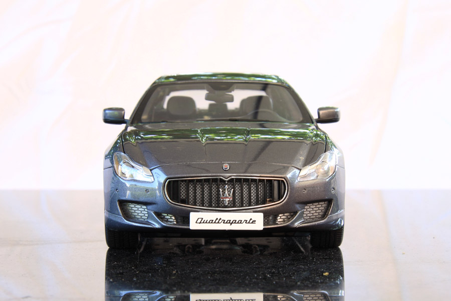 A Ed O also Top A likewise D Cec Bef Ad D D Ea Bonnie Clyde Ford Convertible also P as well S L. on maserati quattroporte diecast