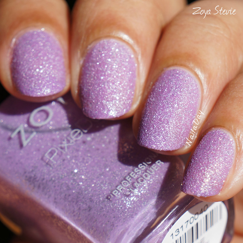 NailaDay: Zoya Stevie