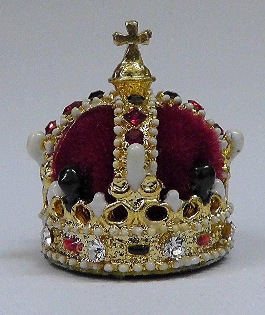 Crown of Queen Elizabeth 1st 1588 The Amarda Portrait Mini ...