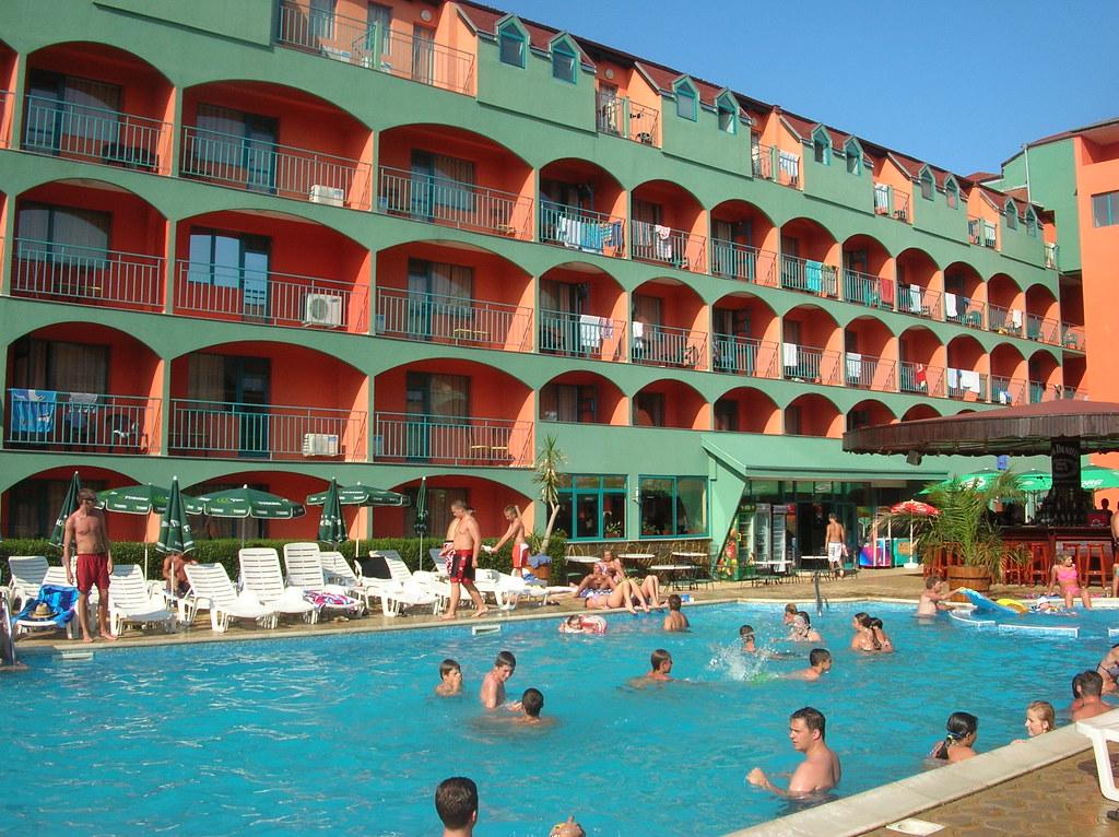 Hotel kokiche sunny beach bulgaria swimming pool of - Sunny beach pools ...