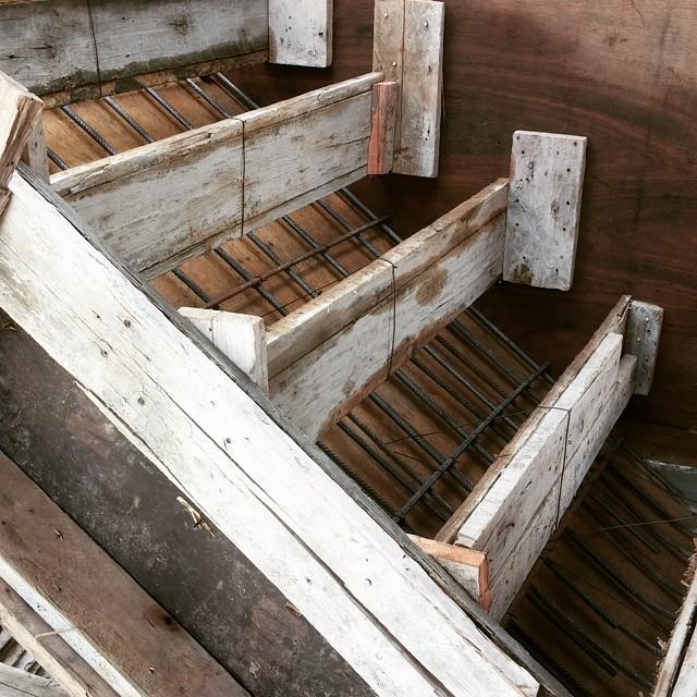 Roca 1159 armaduras losa sobre planta 2 detalle encofrad for Construccion de una escalera de hormigon
