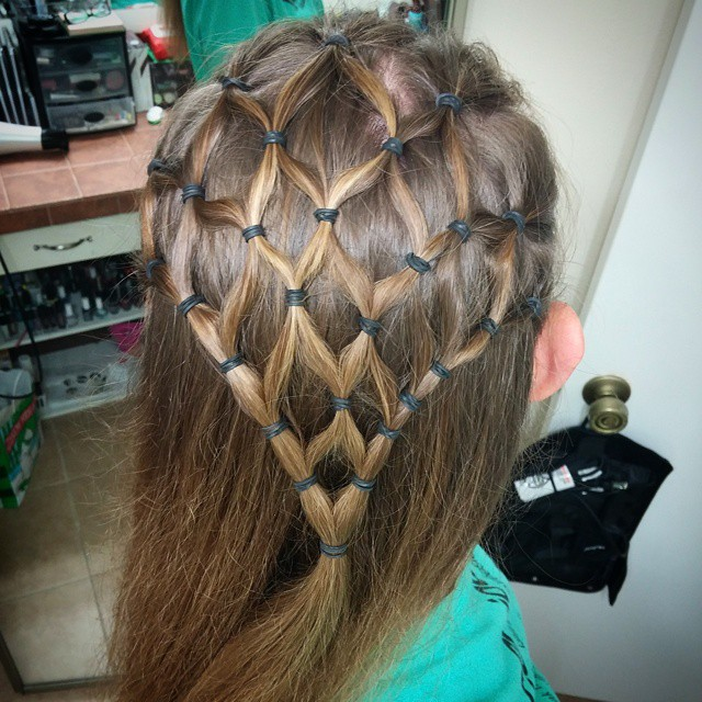 in style hair spider web hair i t done this on my in 4496