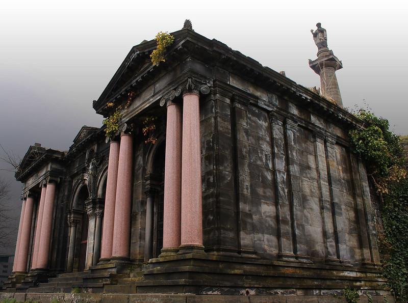 glasgow city guide, glasgow necropolis, glasgow cemetery
