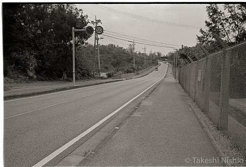 第3ゲートへ / walk to gate #3