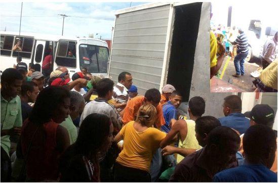 Camión de Alimentos Polar que descargaba mercancía en un restaurante en San Félix es saqueado
