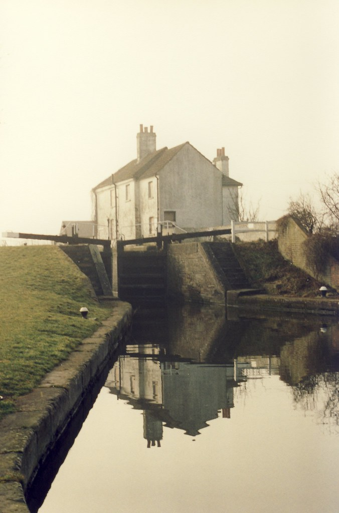 Grove Lock March 96 The Lock Keepers Quot Cottage Quot Lay