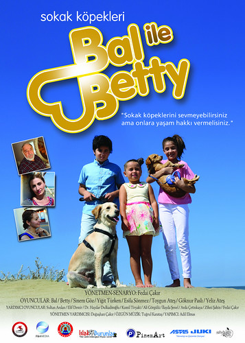 Sokak Köpekleri Bal ile Betty (2016)